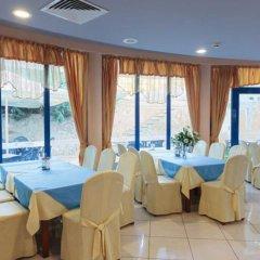Отель Apart Complex Aquamarine Half Board Болгария, Камчия - отзывы, цены и фото номеров - забронировать отель Apart Complex Aquamarine Half Board онлайн помещение для мероприятий