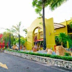 Отель Peace Resort Pattaya парковка фото 5