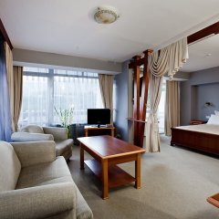 Гостиница Ялта-Интурист комната для гостей фото 11
