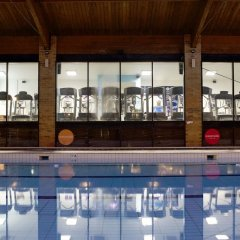 The Waterside Hotel and Galleon Leisure Club бассейн