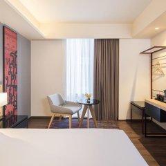 Отель Travelodge Sukhumvit 11 4* Улучшенный номер с различными типами кроватей фото 4