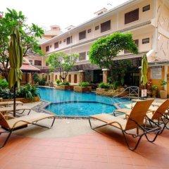 Aiyaree Place Hotel бассейн фото 2