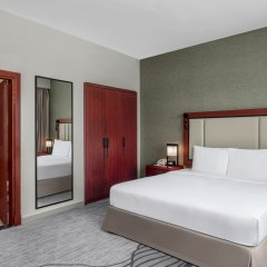 Отель Doubletree By Hilton Ras Al Khaimah комната для гостей фото 2