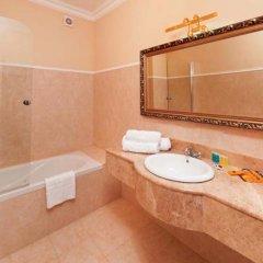 Гостиница Royal Grand Hotel & Spa Украина, Трускавец - отзывы, цены и фото номеров - забронировать гостиницу Royal Grand Hotel & Spa онлайн ванная