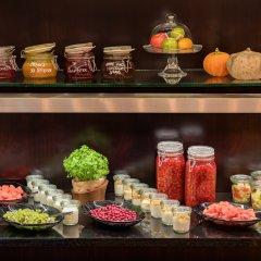 Отель Grand Hotel Kempinski Riga Латвия, Рига - 2 отзыва об отеле, цены и фото номеров - забронировать отель Grand Hotel Kempinski Riga онлайн питание фото 4