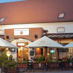 Hotel Chvalská Tvrz фото 5
