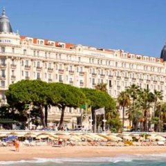 Отель InterContinental Carlton Cannes пляж фото 3