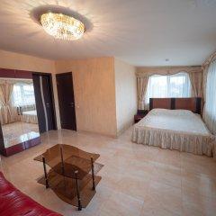 Мини-Отель Maxx Royal Люкс с двуспальной кроватью