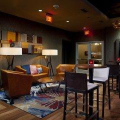 Отель Hilton Garden Inn Pittsburgh Downtown гостиничный бар фото 6