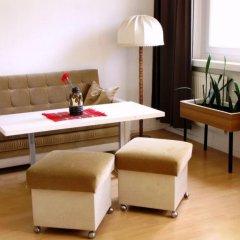 Отель OSTEL - Das DDR Hostel Германия, Берлин - 3 отзыва об отеле, цены и фото номеров - забронировать отель OSTEL - Das DDR Hostel онлайн комната для гостей фото 5