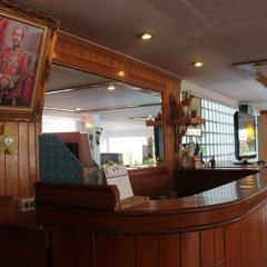 Отель Karon View Resort Phuket гостиничный бар фото 3