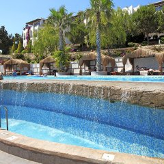 Отель Kadikale Resort – All Inclusive бассейн