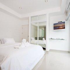 Отель Luxury 5 star beach villa 8 beds комната для гостей