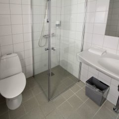 Отель Urban House Copenhagen by MEININGER Дания, Копенгаген - - забронировать отель Urban House Copenhagen by MEININGER, цены и фото номеров ванная фото 3