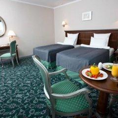 Гостиница Ремезов 4* Улучшенный номер с 2 отдельными кроватями