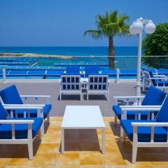 Myroandrou Beach Hotel бассейн фото 2