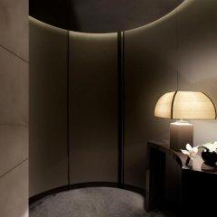 Armani Hotel Milano 5* Номер Делюкс с различными типами кроватей фото 2