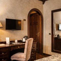 Grand Hotel Baglioni 4* Номер Classic с различными типами кроватей