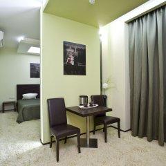 Гостиница Инсайд-Бизнес 4* Люкс с различными типами кроватей
