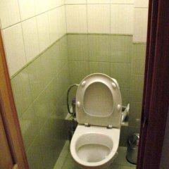 Гостиница LedaFlats на Ильинской Украина, Сумы - отзывы, цены и фото номеров - забронировать гостиницу LedaFlats на Ильинской онлайн ванная фото 2