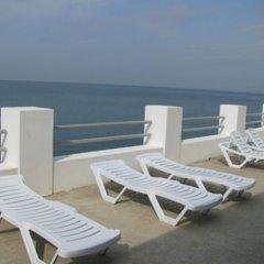 Гостиница Resort Avrora бассейн