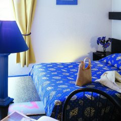 Отель Kyriad Direct Lille Est Stade Pierre Mauroy комната для гостей