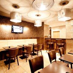 Hotel Arena Messe Frankfurt гостиничный бар