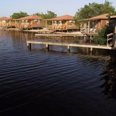 Отель Laguna Beach Resort Остров Утила приотельная территория