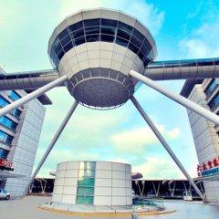 Отель Dazhong Airport (South Building) бассейн