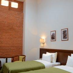Гостиница Графский комната для гостей фото 8