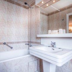 Отель Richmond Opera Париж ванная фото 3