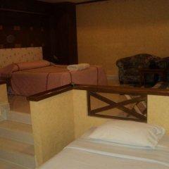 Chaleena Hotel Бангкок комната для гостей фото 5