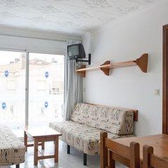 Отель Oferta Apartamentos Blanes Испания, Бланес - отзывы, цены и фото номеров - забронировать отель Oferta Apartamentos Blanes онлайн комната для гостей фото 3