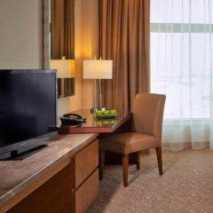 Отель Swissotel Al Ghurair Dubai Люкс