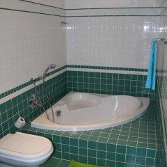 Charles Bridge International Hostel Прага ванная фото 5