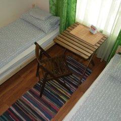 """Хостел """"Honeycomb"""" комната для гостей фото 3"""