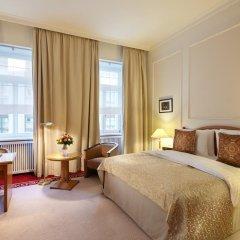 Гостиница Балчуг Кемпински Москва 5* Улучшенный номер разные типы кроватей