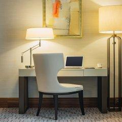 Отель Grand Hotel Kempinski Riga Латвия, Рига - 2 отзыва об отеле, цены и фото номеров - забронировать отель Grand Hotel Kempinski Riga онлайн удобства в номере фото 2
