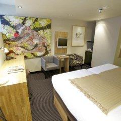 Отель Catalonia Vondel Amsterdam 4* Номер Souterraine с различными типами кроватей