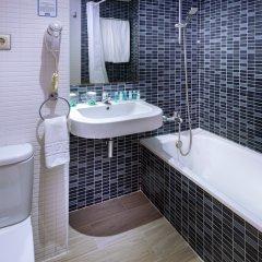 Отель 4R Salou Park Resort II Испания, Салоу - отзывы, цены и фото номеров - забронировать отель 4R Salou Park Resort II онлайн ванная фото 2