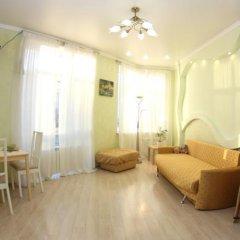 Гостиница «Альфа Берёзовая» в Омске отзывы, цены и фото номеров - забронировать гостиницу «Альфа Берёзовая» онлайн Омск комната для гостей фото 3
