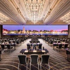 Отель Conrad Bangkok Таиланд, Бангкок - отзывы, цены и фото номеров - забронировать отель Conrad Bangkok онлайн гостиничный бар фото 5