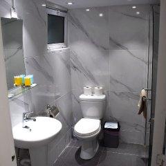 Sun Hall Beach Hotel Apts. in Larnaca, Cyprus from 70$, photos, reviews - zenhotels.com bathroom