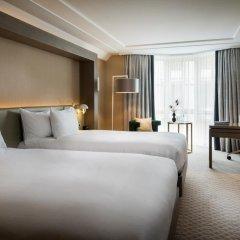Отель Hilton Vienna Plaza Вена комната для гостей фото 3