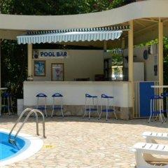 Отель Apart Complex Aquamarine Half Board Болгария, Камчия - отзывы, цены и фото номеров - забронировать отель Apart Complex Aquamarine Half Board онлайн бассейн фото 4