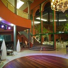 Отель Adrián Hoteles Roca Nivaria гостиничный бар