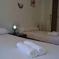 Отель Pension Helena Испания, Мадрид - отзывы, цены и фото номеров - забронировать отель Pension Helena онлайн комната для гостей фото 6