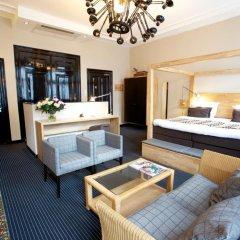 Отель Catalonia Vondel Amsterdam 4* Полулюкс с различными типами кроватей