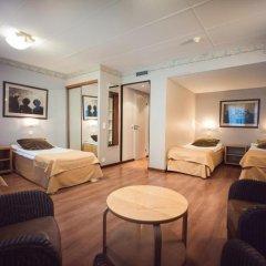 Arthur Hotel 3* Четырёхместный номер с различными типами кроватей фото 2
