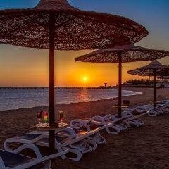 Отель Cleopatra Luxury Resort Makadi Bay пляж фото 4
